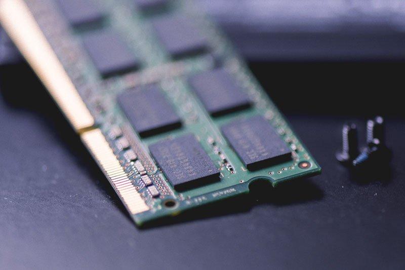 computer-repair-ram-stick